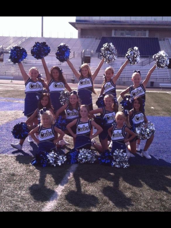 Sr Blue FB cheerleaders