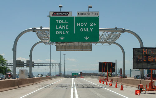 The plan calls for expanding the area to two lanes in each direction, and making it possible for drivers of single-occupant vehicles to use the lanes for a toll.