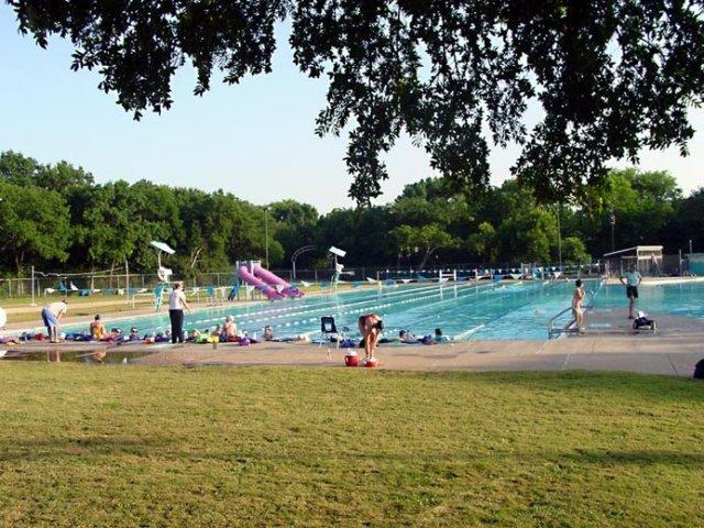 pool_forest_park.jpg.728x520_q85