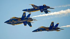 GTY_blue_angels_02_jef_140314_16x9_992